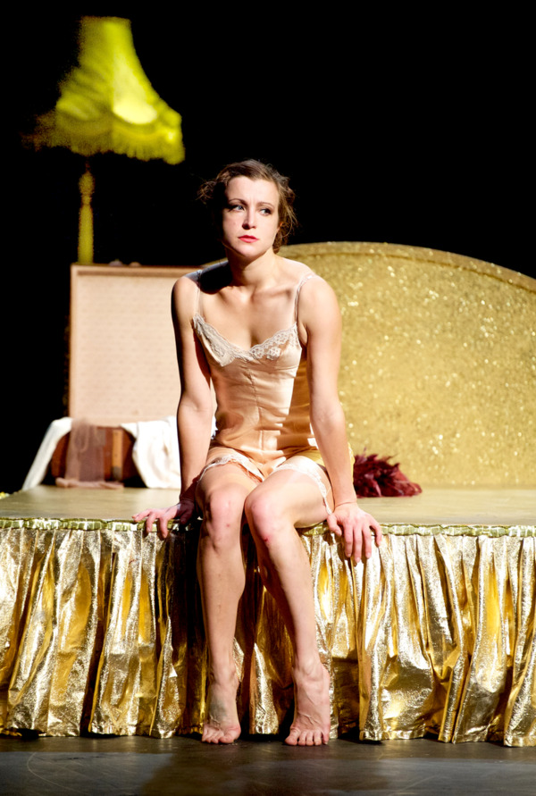 The Seven Deadly Sins / Company Chordelia & Scottish Opera (Kirsty Pollock) Credit: Colin Hattersley